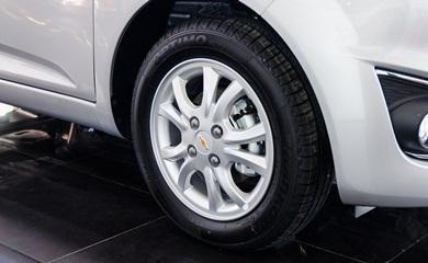 Chevrolet-Spark-2016-24